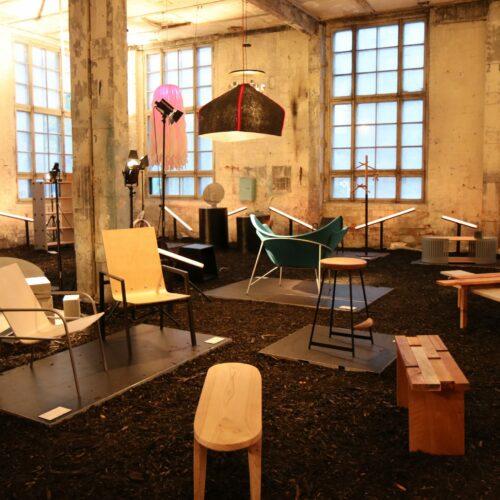 """EKA tootedisaini osakonna mööbli- ja valgusdisaini näitus äitus """"Spekter"""""""