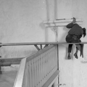 Valjala kiriku restaureerimine 1970ndatel. Foto: Boris Mäemets
