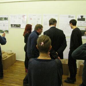 Näituse külastajad__