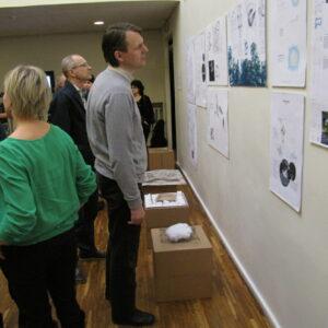 Näituse külastajad