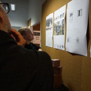 Janeli Voll esitleb oma tööd