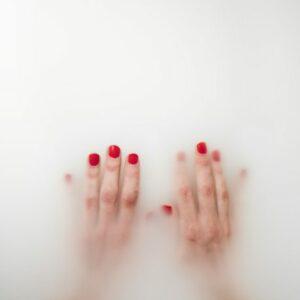 Silvia-Sosaar.-Gender-Fluid.-Foto-näituselt-Dont-go-faking-my-art-EKA-galeriis-2016-459x600