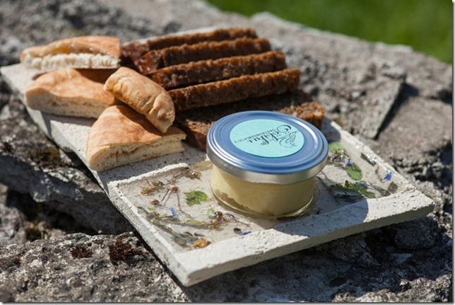 Ööbiku Gastronomy Farm Restaurant. Bread plate. 2015/2016. Igor Filjušin. Author's copy. Supervised by Heikki Zoova, Ingrid Allik, Ene Raud, Karin Kalman